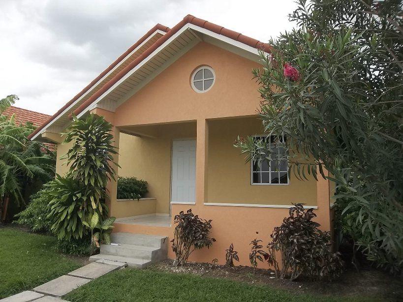hartland-estate-front-porch-168